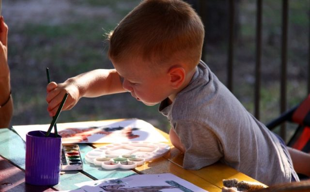 person-people-play-child-paint-eating-850463-pxhere.com